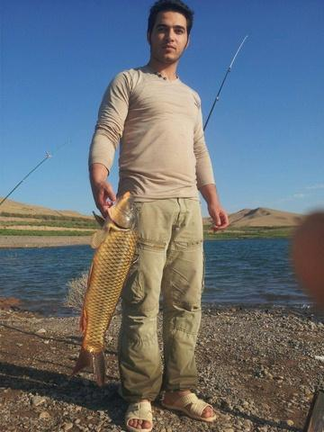 http://cdn.persiangig.com/preview/7kU66ZX1m8/large/fishing_dosti_dem%20(18).jpg