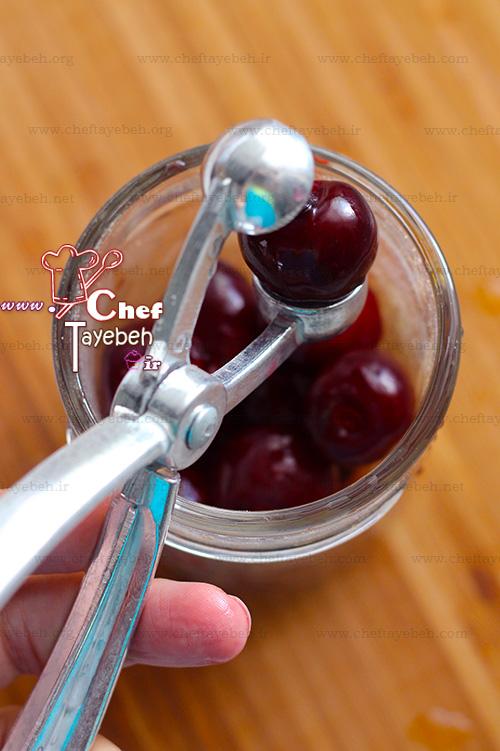 cherry vanilla popsicles (3).jpg