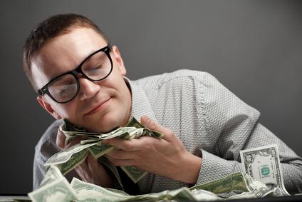 ۱۰ عادت که انسانهای با ثبات مالی دارا میباشند