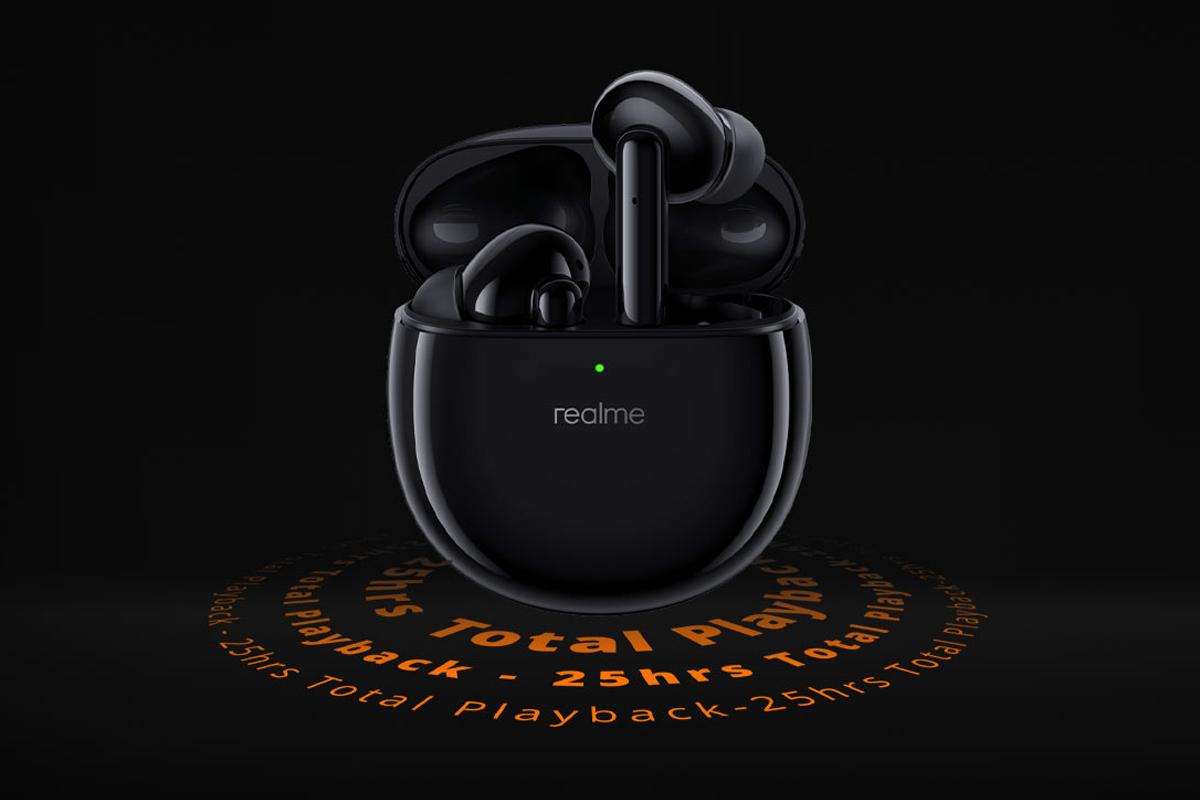 relme buds air pro tws earphones black inside case ریلمی بادز ایر پرو و بادز وایرلس پرو معرفی شدند