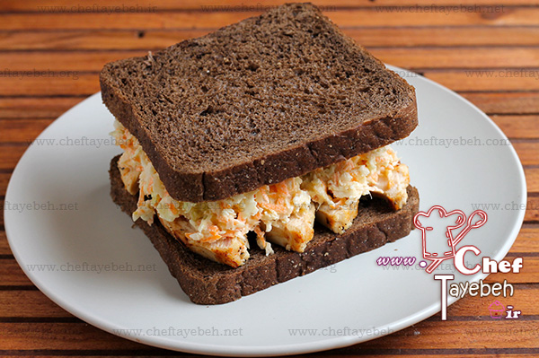 chicken coleslaw sandwich (8).jpg