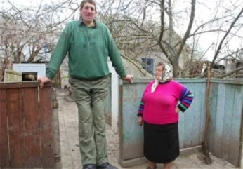 The-tallest-man - قدبلندترین مرد