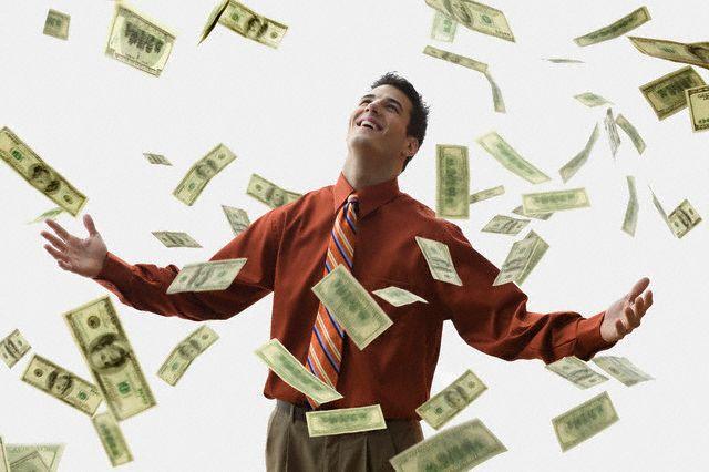 نظام «کارمزدی» باید جایگزین «روزمزدی» شود