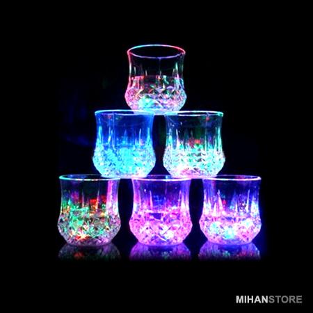 لیوان جادویی دارای ال ای دی LED-ال ای دی دار